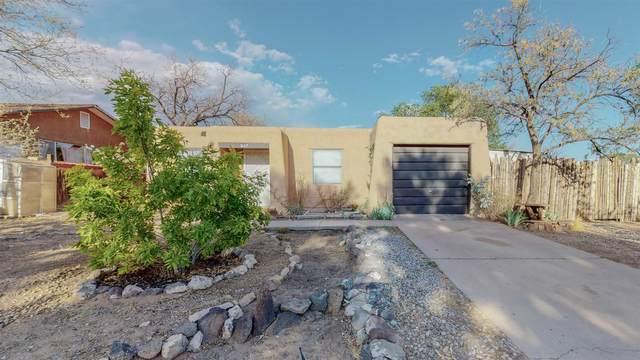 2107 Calle Navidad, Santa Fe, NM 87505 (MLS #202102002) :: Berkshire Hathaway HomeServices Santa Fe Real Estate