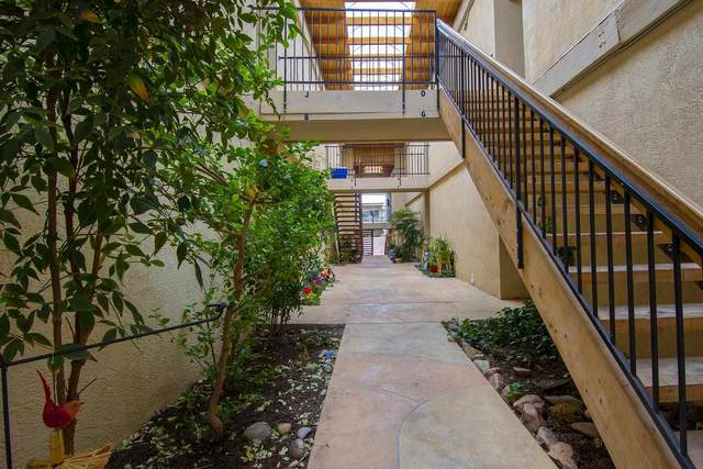 157 Calle Ojo Feliz G, Santa Fe, NM 87505 (MLS #202102017) :: Stephanie Hamilton Real Estate