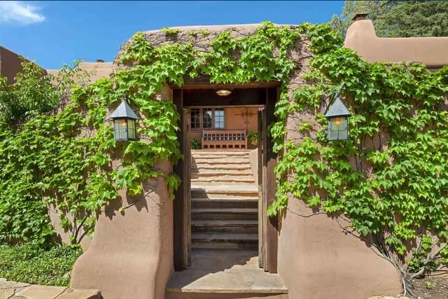 402 Camino Militar, Santa Fe, NM 87501 (MLS #202102049) :: Summit Group Real Estate Professionals