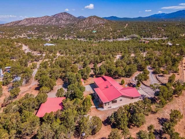 62 Apache Ridge, Santa Fe, NM 87505 (MLS #202102079) :: Summit Group Real Estate Professionals