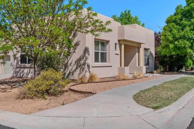 2 Taylor Mountain, Santa Fe, NM 87508 (MLS #202102088) :: Berkshire Hathaway HomeServices Santa Fe Real Estate