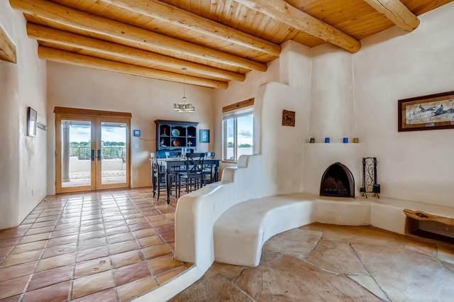 66 Cielo De Oro, Santa Fe, NM 87508 (MLS #202102118) :: The Very Best of Santa Fe