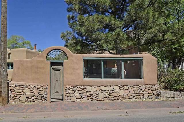 611 Old Santa Fe Trail Res, Santa Fe, NM 87505 (MLS #202102184) :: Summit Group Real Estate Professionals