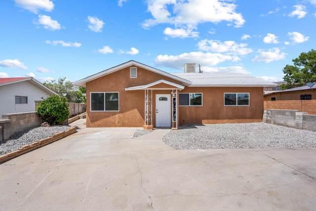 812 Ash Loop, Espanola, NM 87532 (MLS #202102188) :: Neil Lyon Group   Sotheby's International Realty