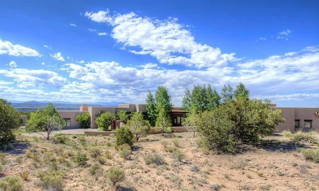 24 Hacienda Rincon, Santa Fe, NM 87506 (MLS #202102276) :: Neil Lyon Group | Sotheby's International Realty