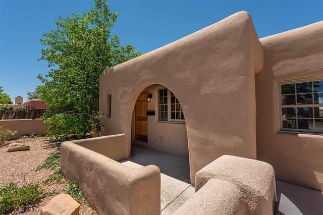 1002 Calle Vianson, Santa Fe, NM 87507 (MLS #202102283) :: Summit Group Real Estate Professionals