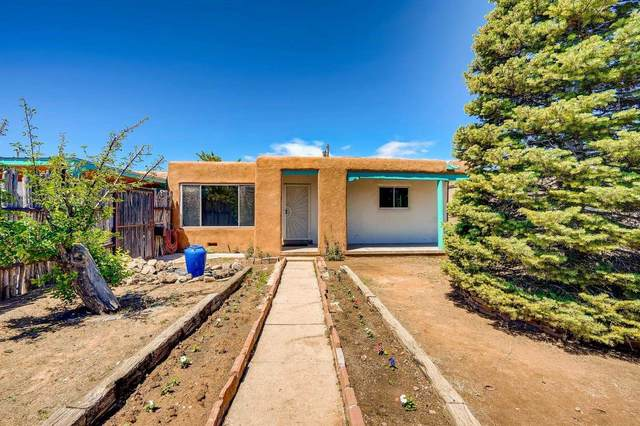 1212 Apache Ave, Santa Fe, NM 87505 (MLS #202102285) :: Summit Group Real Estate Professionals