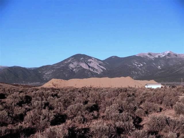 Tract 1 Sugar Lane, Taos, NM 87529 (MLS #202102328) :: Berkshire Hathaway HomeServices Santa Fe Real Estate
