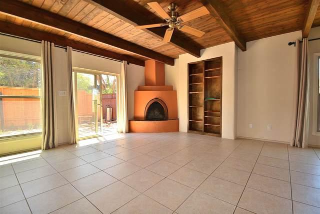 3116 Plaza Blanca, Santa Fe, NM 87507 (MLS #202102405) :: Berkshire Hathaway HomeServices Santa Fe Real Estate