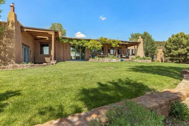 1240 Camino De Cruz Blanca, Santa Fe, NM 87505 (MLS #202102411) :: Berkshire Hathaway HomeServices Santa Fe Real Estate