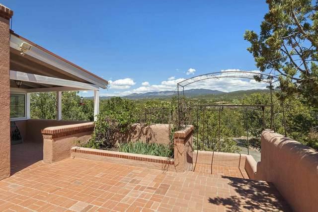 1042 Mansion Ridge, Santa Fe, NM 87501 (MLS #202102415) :: The Very Best of Santa Fe