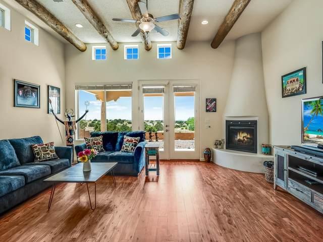 34 Via Punto Nuevo, Santa Fe, NM 87508 (MLS #202102424) :: Berkshire Hathaway HomeServices Santa Fe Real Estate