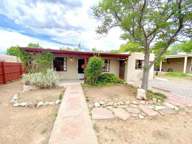 1829 Puye, Santa Fe, NM 87505 (MLS #202102427) :: The Very Best of Santa Fe