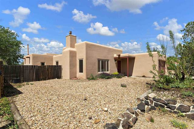 2781 La Silla Dorada, Santa Fe, NM 87505 (MLS #202102454) :: Berkshire Hathaway HomeServices Santa Fe Real Estate