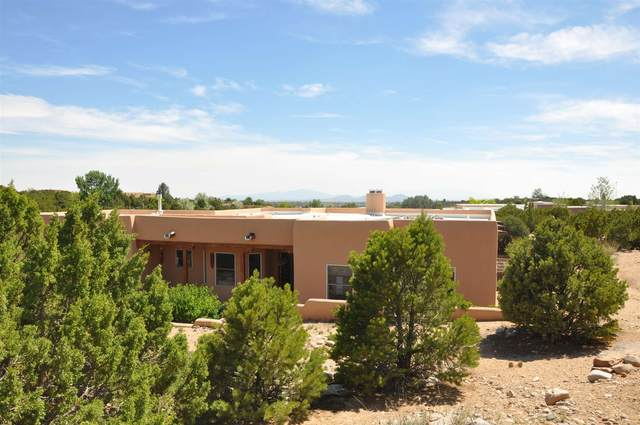 3427 Via Janna, Santa Fe, NM 87507 (MLS #202102484) :: Berkshire Hathaway HomeServices Santa Fe Real Estate