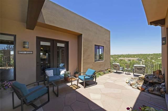 32 Via Bella, Santa Fe, NM 87507 (MLS #202102528) :: Stephanie Hamilton Real Estate