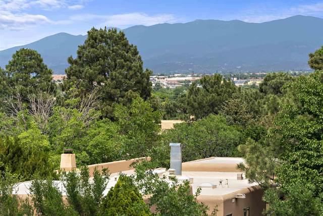 2844 Plaza Rojo, Santa Fe, NM 87507 (MLS #202102537) :: Berkshire Hathaway HomeServices Santa Fe Real Estate