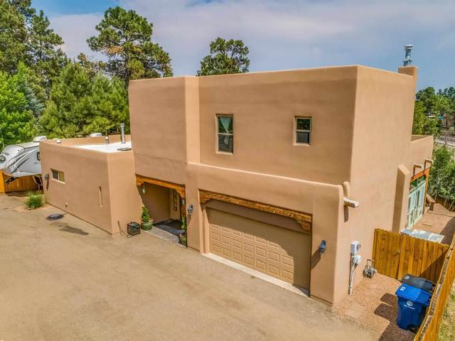 4065 Sycamore St, Los Alamos, NM 87544 (MLS #202102542) :: Summit Group Real Estate Professionals
