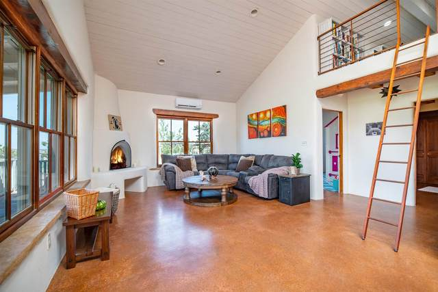 75 A Camino Chupadero, Santa Fe, NM 87506 (MLS #202102582) :: Neil Lyon Group | Sotheby's International Realty