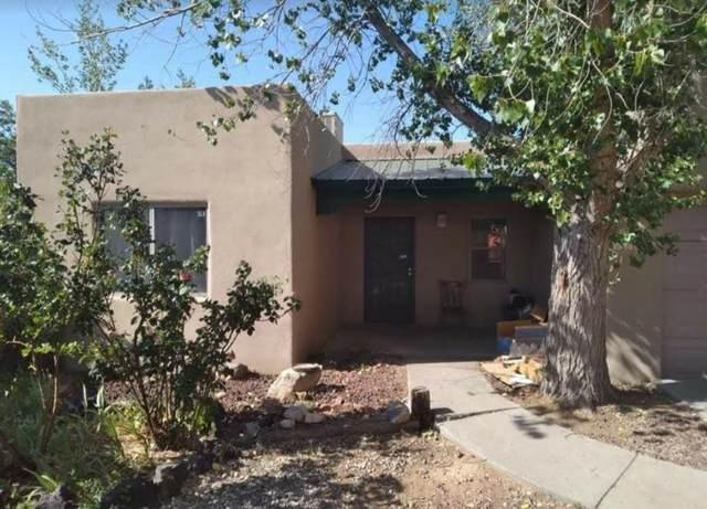 1558 Calle Angelina, Santa Fe, NM 87507 (MLS #202102632) :: Neil Lyon Group | Sotheby's International Realty