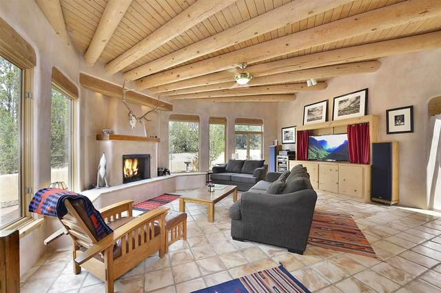 2 Cielo Encantado, Santa Fe, NM 87506 (MLS #202102639) :: Neil Lyon Group | Sotheby's International Realty