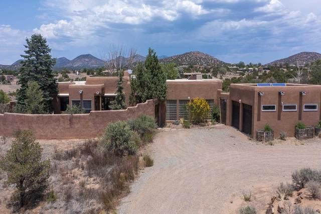 15 Palacio, Santa Fe, NM 87508 (MLS #202102661) :: The Very Best of Santa Fe