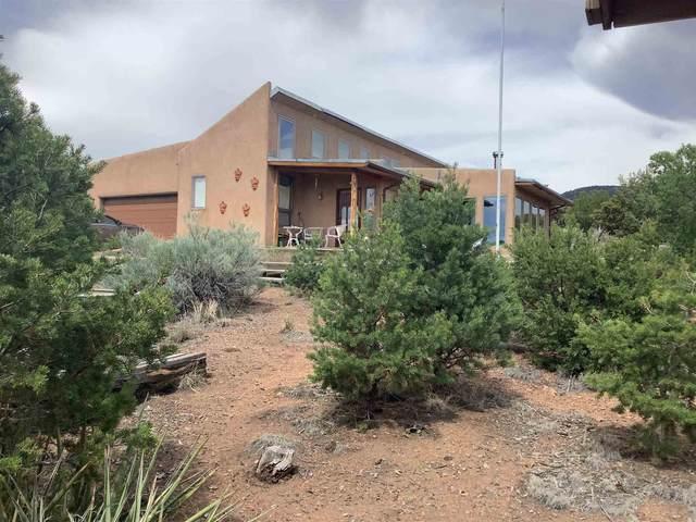 14 Saddle Ct, Santa Fe, NM 87508 (MLS #202102664) :: The Very Best of Santa Fe