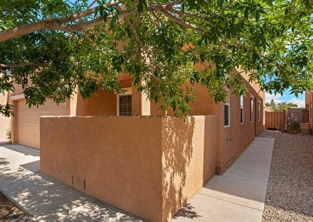 22 Sunset Canyon Lane, Santa Fe, NM 87508 (MLS #202102742) :: Stephanie Hamilton Real Estate