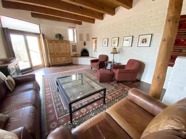 776 Calle Altamira, Santa Fe, NM 87501 (MLS #202102797) :: Berkshire Hathaway HomeServices Santa Fe Real Estate