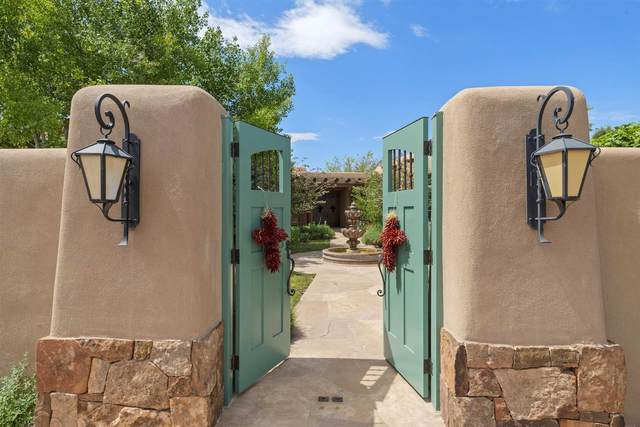 58 Ranch Estates Road And 8 Chestnut Circle, Santa Fe, NM 87506 (MLS #202102852) :: Summit Group Real Estate Professionals