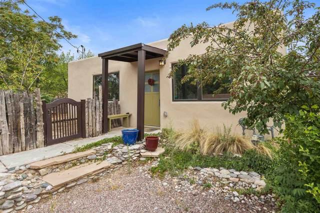 612 Don Canuto Street, Santa Fe, NM 87505 (MLS #202102862) :: Summit Group Real Estate Professionals