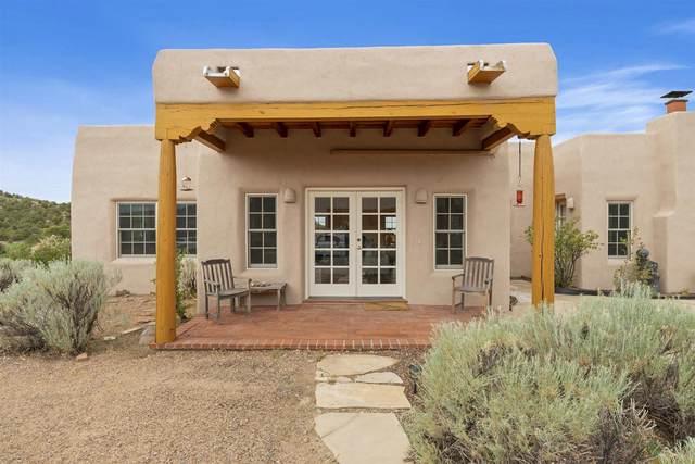 5 Alteza, Santa Fe, NM 87508 (MLS #202102900) :: Summit Group Real Estate Professionals
