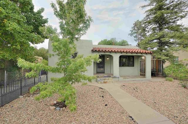 227 E Coronado Rd, Santa Fe, NM 87505 (MLS #202102912) :: Summit Group Real Estate Professionals