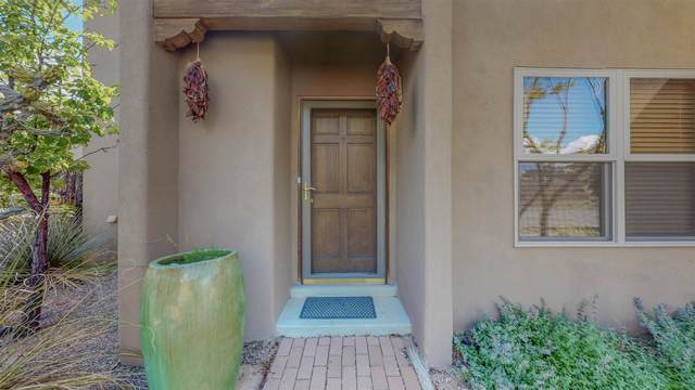 2312 Sol Y Luz Street, Santa Fe, NM 87505 (MLS #202102958) :: Neil Lyon Group | Sotheby's International Realty