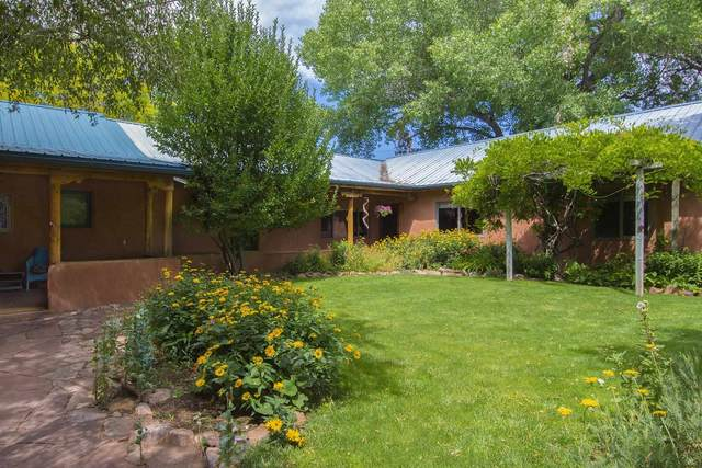 106 Old Canoncito Road, Santa Fe, NM 87508 (MLS #202103012) :: Neil Lyon Group | Sotheby's International Realty