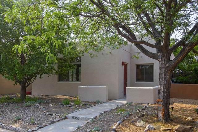 6353 Casas De Milagro, Santa Fe, NM 87507 (MLS #202103024) :: Neil Lyon Group | Sotheby's International Realty