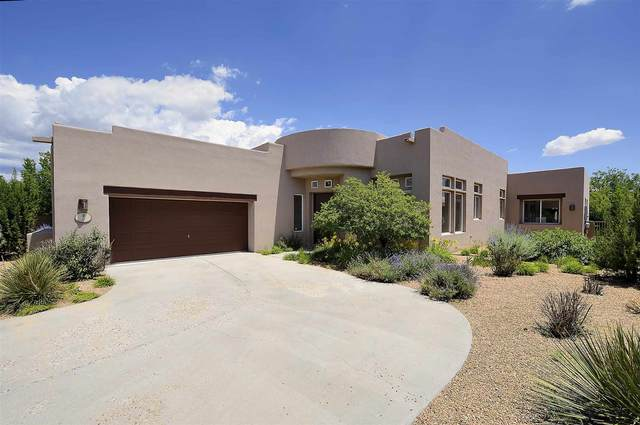 2 Westwind Rd, Santa Fe, NM 87508 (MLS #202103038) :: Neil Lyon Group | Sotheby's International Realty