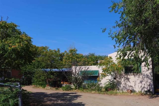 330 1/2 Urioste, Santa Fe, NM 87501 (MLS #202103065) :: Summit Group Real Estate Professionals