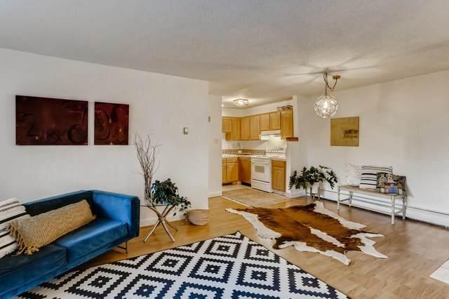 147 Calle Ojo Feliz Unit D, Santa Fe, NM 87505 (MLS #202103085) :: Summit Group Real Estate Professionals
