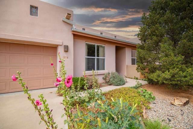 5 Broken Rock Place, Santa Fe, NM 87508 (MLS #202103091) :: Neil Lyon Group | Sotheby's International Realty
