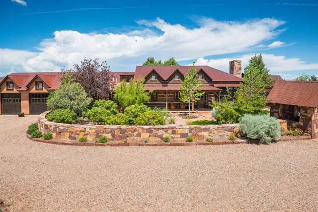 12 Via Estancia, Santa Fe, NM 87506 (MLS #202103110) :: Summit Group Real Estate Professionals