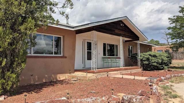 241 San Mateo, Santa Fe, NM 87505 (MLS #202103117) :: Neil Lyon Group | Sotheby's International Realty