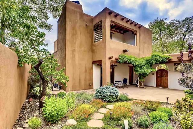 413 Arroyo Tenorio, Santa Fe, NM 87505 (MLS #202103128) :: Summit Group Real Estate Professionals