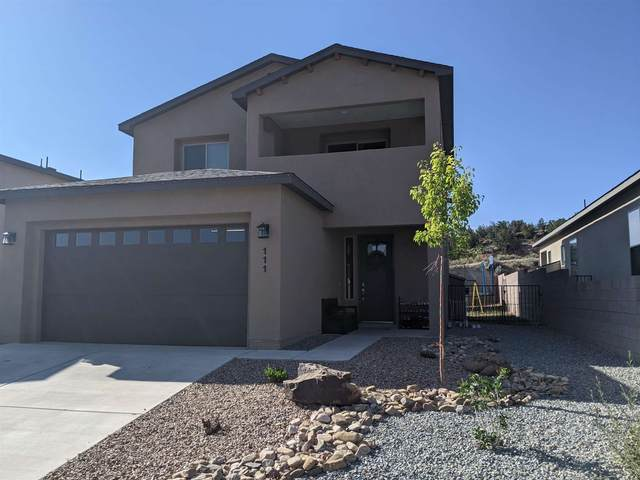 111 Confianza St, Los Alamos, NM 87544 (MLS #202103160) :: Stephanie Hamilton Real Estate