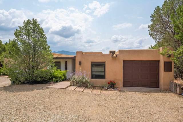 317 Calle Loma Norte, Santa Fe, NM 87501 (MLS #202103194) :: The Very Best of Santa Fe