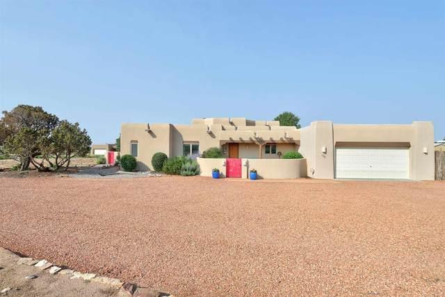 13 Carissa, Santa Fe, NM 87508 (MLS #202103202) :: The Very Best of Santa Fe