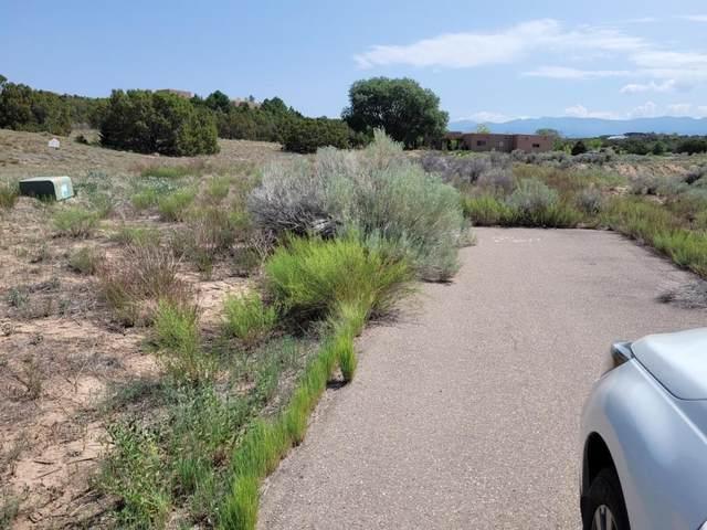 5B Paseo Del Paisano, Santa Fe, NM 87506 (MLS #202103237) :: The Very Best of Santa Fe