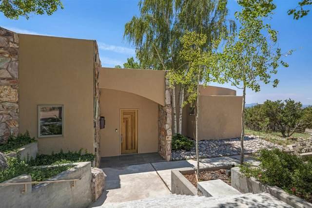 117 La Ventana Drive, Santa Fe, NM 87508 (MLS #202103242) :: Neil Lyon Group | Sotheby's International Realty