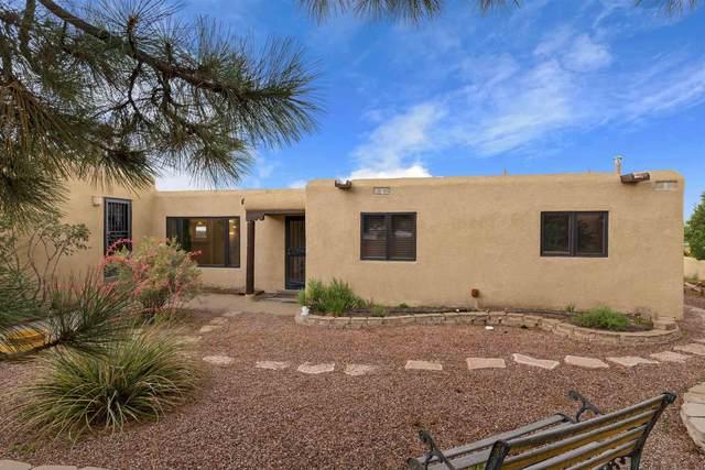 3048 Plaza Blanca, Santa Fe, NM 87507 (MLS #202103254) :: The Very Best of Santa Fe
