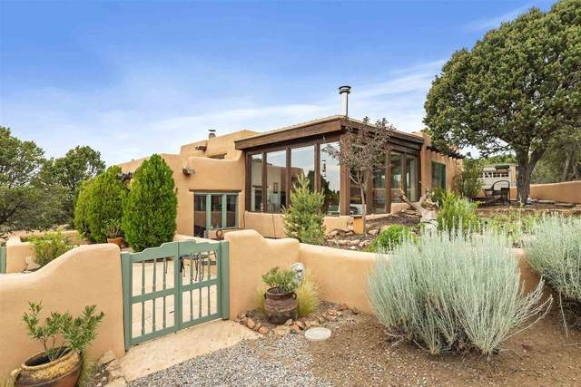 11 Ute Circle, Santa Fe, NM 87505 (MLS #202103274) :: Neil Lyon Group | Sotheby's International Realty
